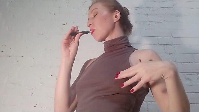 juicy pussy lips