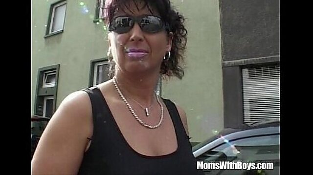mom busty mature