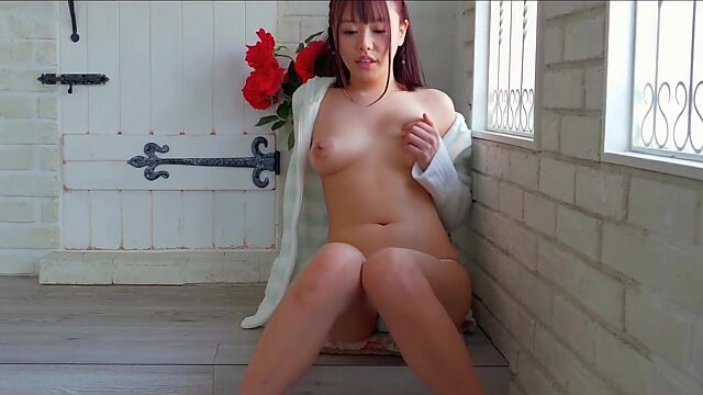 JAV beauty Mai Hamasaki teases with nubile body and long tongue in 4K