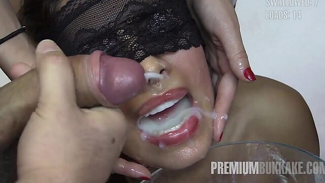 cumming swallowing mouth