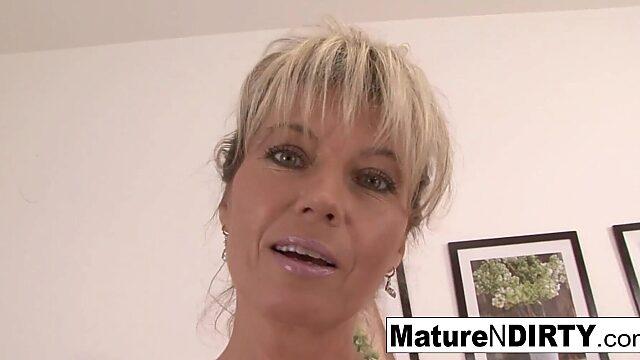 blonde pussy