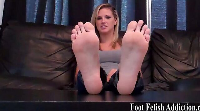 white toes joi