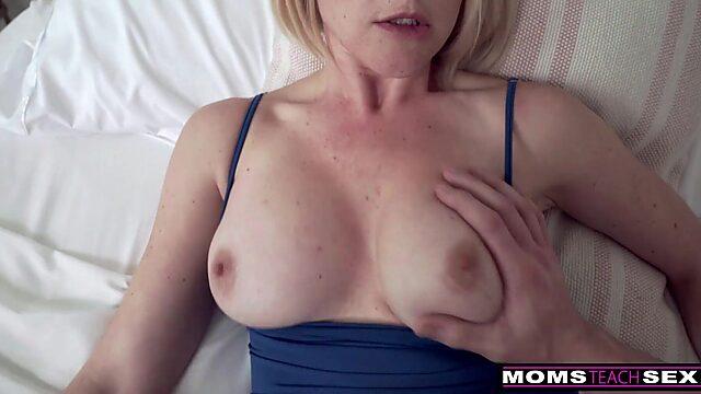 mom tits