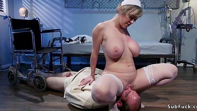 femdom facesitting
