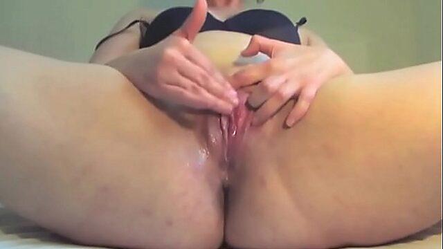 maduras masturbandose