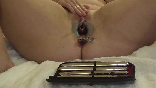 pee hole play