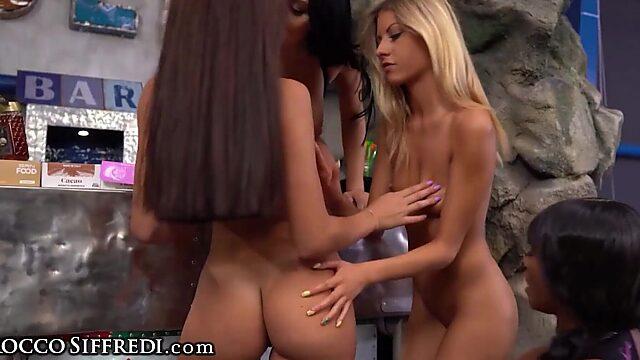 kiki minaj lesbian