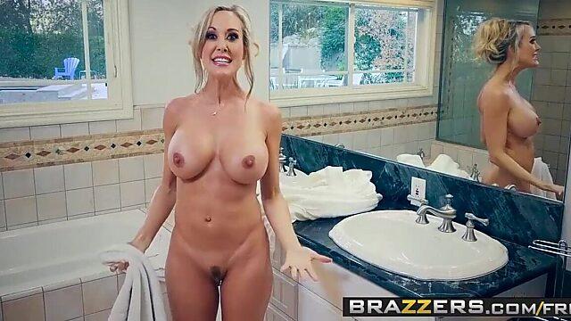 milf got boobs